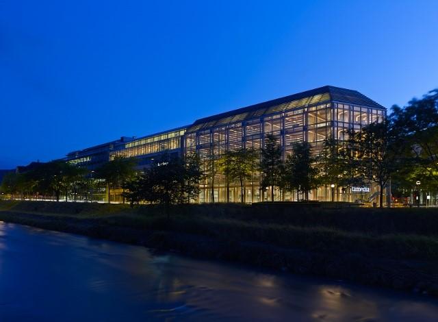 Figura 6 – Vista exterior do edifício do grupo Tamedia.